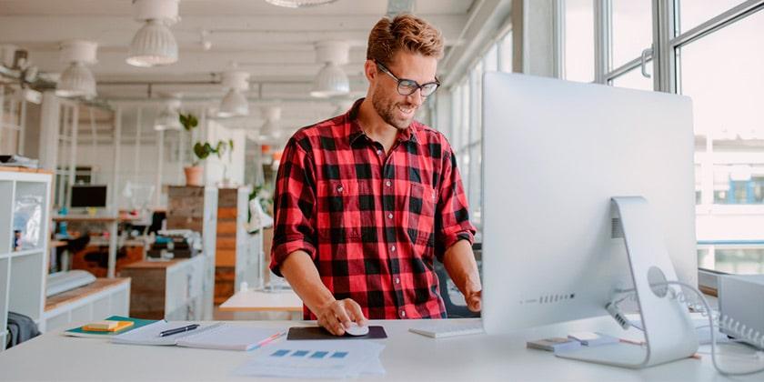 Best height adjustable standing desk review