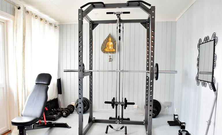 fully equipped home gym